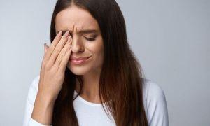Что делать, если в глаза попал уксус: симптоматика и первая помощь дома