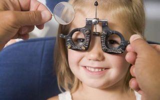 Чем опасен астигматизм у детей: лечится он или нет