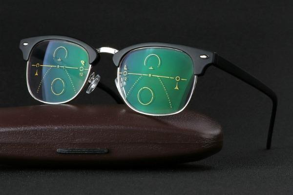 Очки с бифокальными стеклами